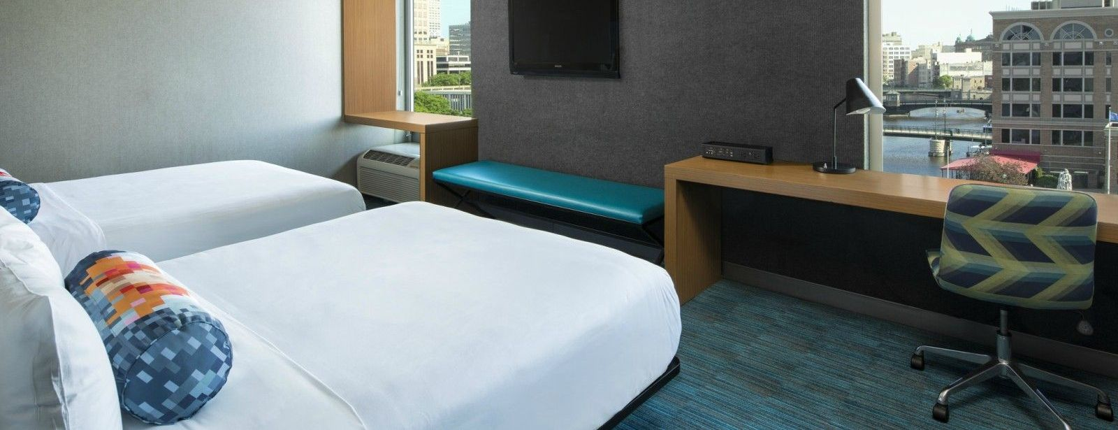Milwaukee Accommodations - Aloft Queen Room